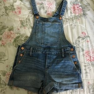 Old Navy Denim Overalls - Shorts Size XS